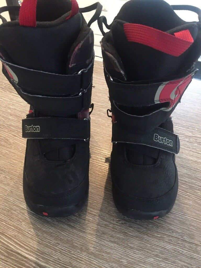 REDUCED: Burton youth snowboarding boots