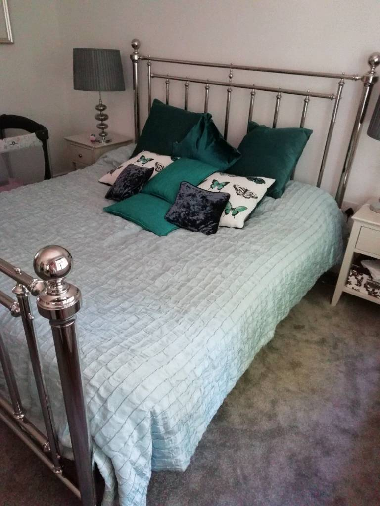 Super King Size Bed New Two Single Mattresses Used