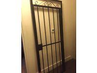 Outdoor/indoor black gate