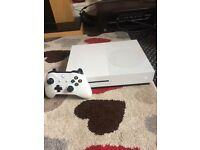 Xbox one With 5 great games and Controller open to offers