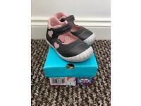 Shoes - infant size 6