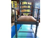 PAIR OF CHALK PAINTED VINTAGE CARVER DINING CHAIRS