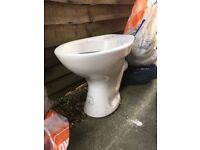 Toilet with no lid