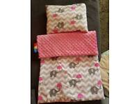 -baby swaddling wrap 2£ never used -Cocoon for baby sleep 10£ -blanket pram 5£
