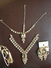 Brand new gold and white full jewellery set