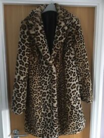 Ladies faux fur leopard print coat