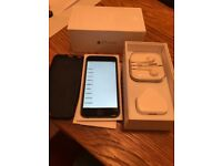 iPhone 6 Space Grey 16gb EE boxed with all accessories