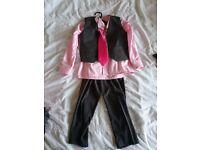 Boys suit size 3- 4