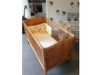 BEAUTIFUL COT / BED 2 in 1 solid pine + 3 height settings + luxury mattress!