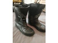 RST motorcycle boots size 8(fit like 9)