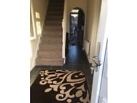 3 bed house with front & back garden + off street parking