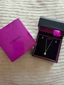 H.Samuel earring and necklace set
