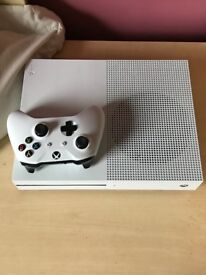 Xbox one S with box and games