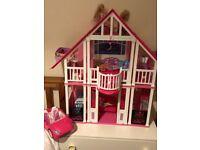 California Dream House & Barbie Convertible car