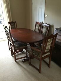Old Charm Dining Table plus 6 Chairs