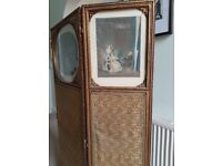 antique room divider / changing screen