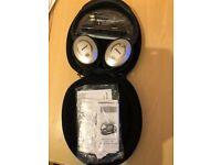 Bose QuietComfort 15 QC15 Noise Cancelling Headphones - Black/Silver
