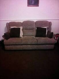 3 piece suite. Good condition