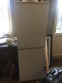 Single Standing Fridge Freezer