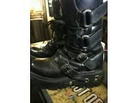 New Rock Black Vegan Size 9 Boots