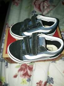 Toddler boys Vans shoes