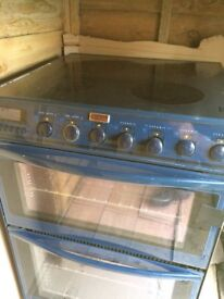 Electric cooker/oven