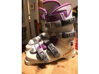 Ladies Tyrolia NTF 660 Ski Boots
