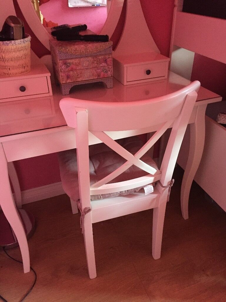 White Dressing Table And Chair Ikea