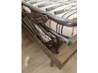 Caravan/campervan folding bed