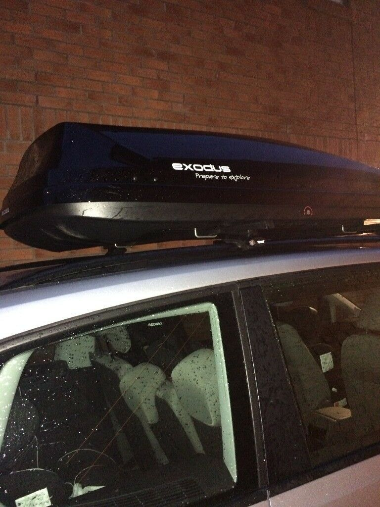 Halfords Exodus 580l Roof Box Including Thule Roof Bars
