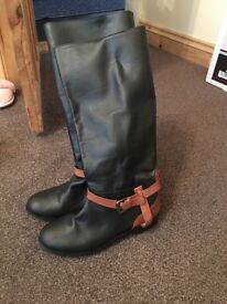Black and Tan leather boots size 5