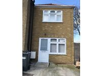 Modern 2 Bedroom House To Let In Hounslow