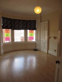 2 bed unfurnished flat, Queen's Park £575pcm