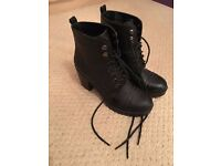 Mint condition women's black boots
