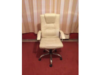 White Faux Leather Office Chair in Good Condition & Very Comfortable
