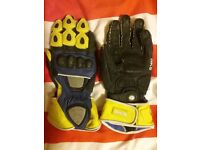 Motorcycle gloves James Toseland replica size medium