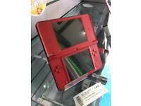 Nintendo DSi XL Mario edition