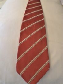 BEAUTIFULLY EXPENSIVE -EXCLUSIVE BRITISH AT THIS BEST -GENUINE BURBERRY TIE - 100% PURE SILK