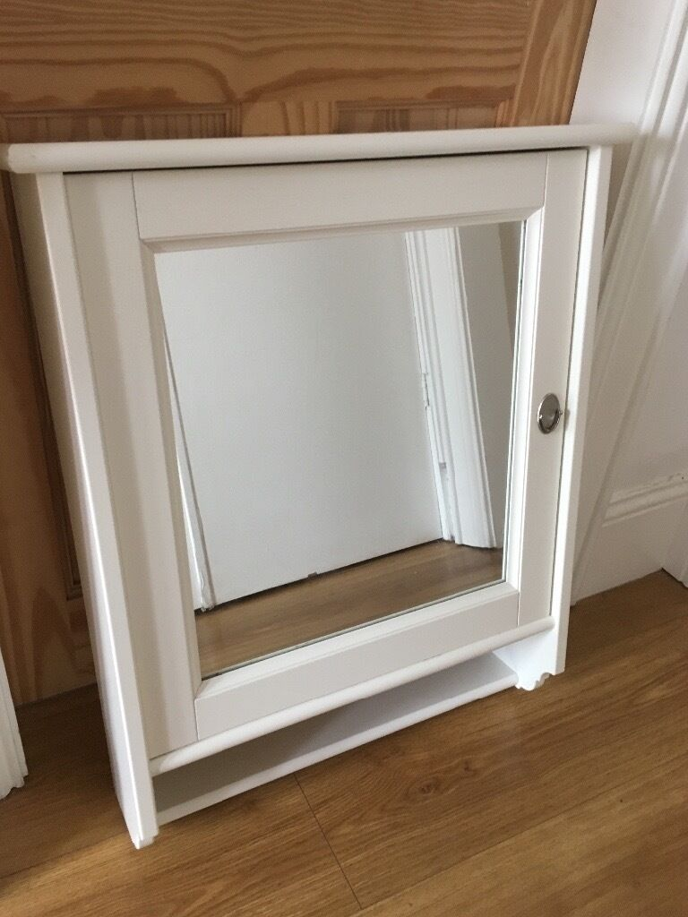 Ikea flaren white bathroom cabinet mirror in castlereagh for Bathroom cabinets gumtree