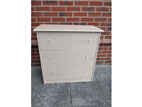 Chest of three drawers and free bedside cabinet