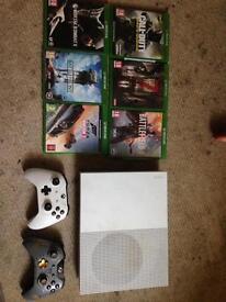Xbox one (white fifa 17 edition)
