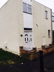 Two Bedroom Property To Let on Drumacre road- £550 per calendar month.
