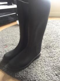 Kids horse riding boots