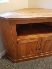 Solid oak handmade corner unit