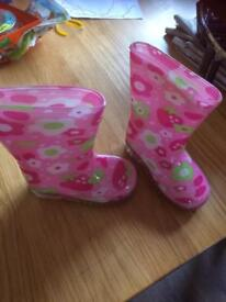 Girls infant size 4 welly boots - wellies
