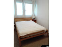 Stylish and solid king size bed, Battersea £500 ono