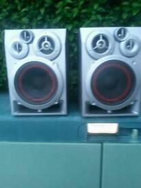 3 .way 4 - driver bass reflex speaker system