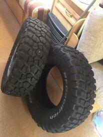 2 x bf Goodrich R15 tyres like new