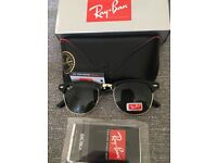 Ray ban clubmaster sunglasses black gloss/green lens brand new in box