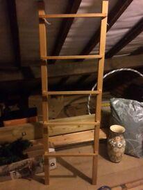 Oak veneer towel ladder